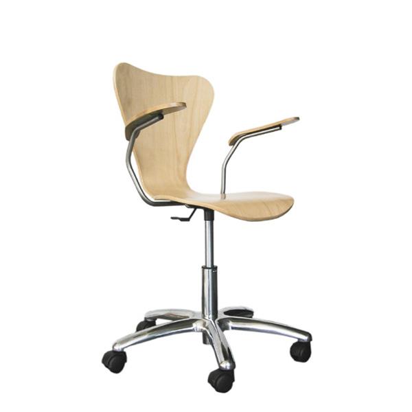 Cadeira Series 7 rodada com braços