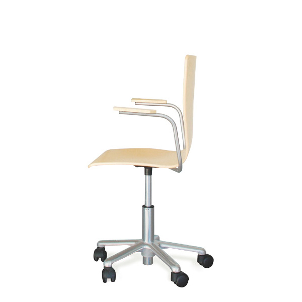 Cadeira RETA rodada com braços