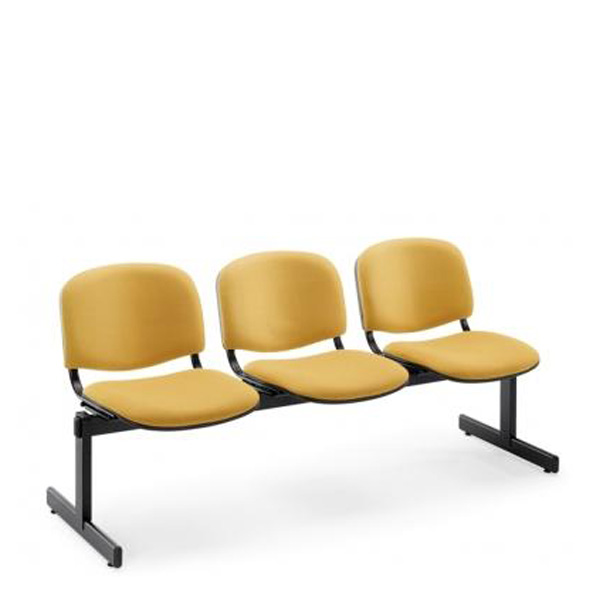 Cadeiras fixas em viga revestidas